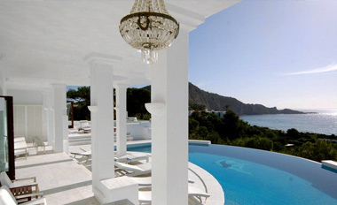 THE BALEARIC ISLANDS EXCLUSIVE REAL ESTATE RENTALS